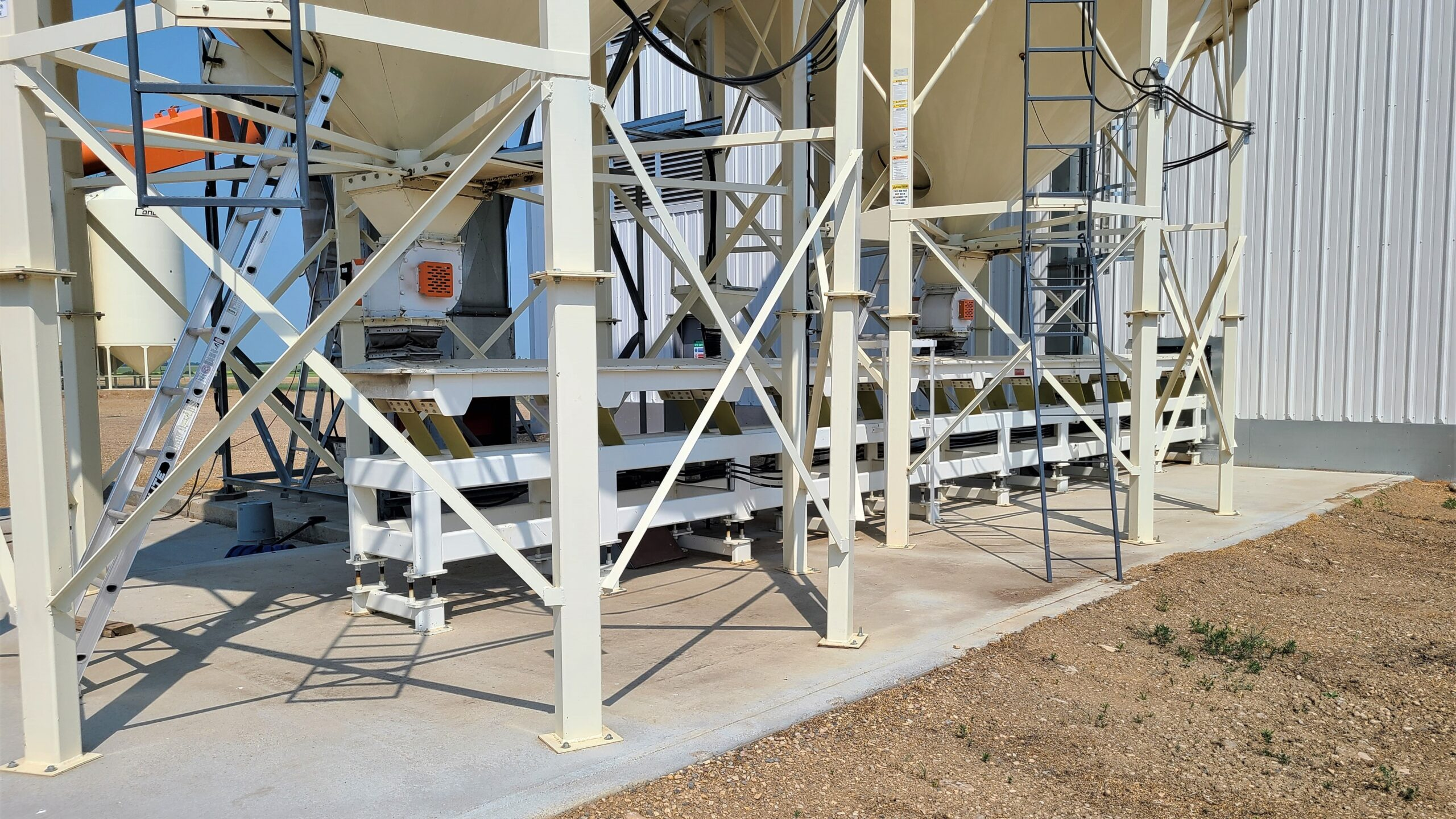 Trawin Seeds Cleaning Plant Vibrating Trough